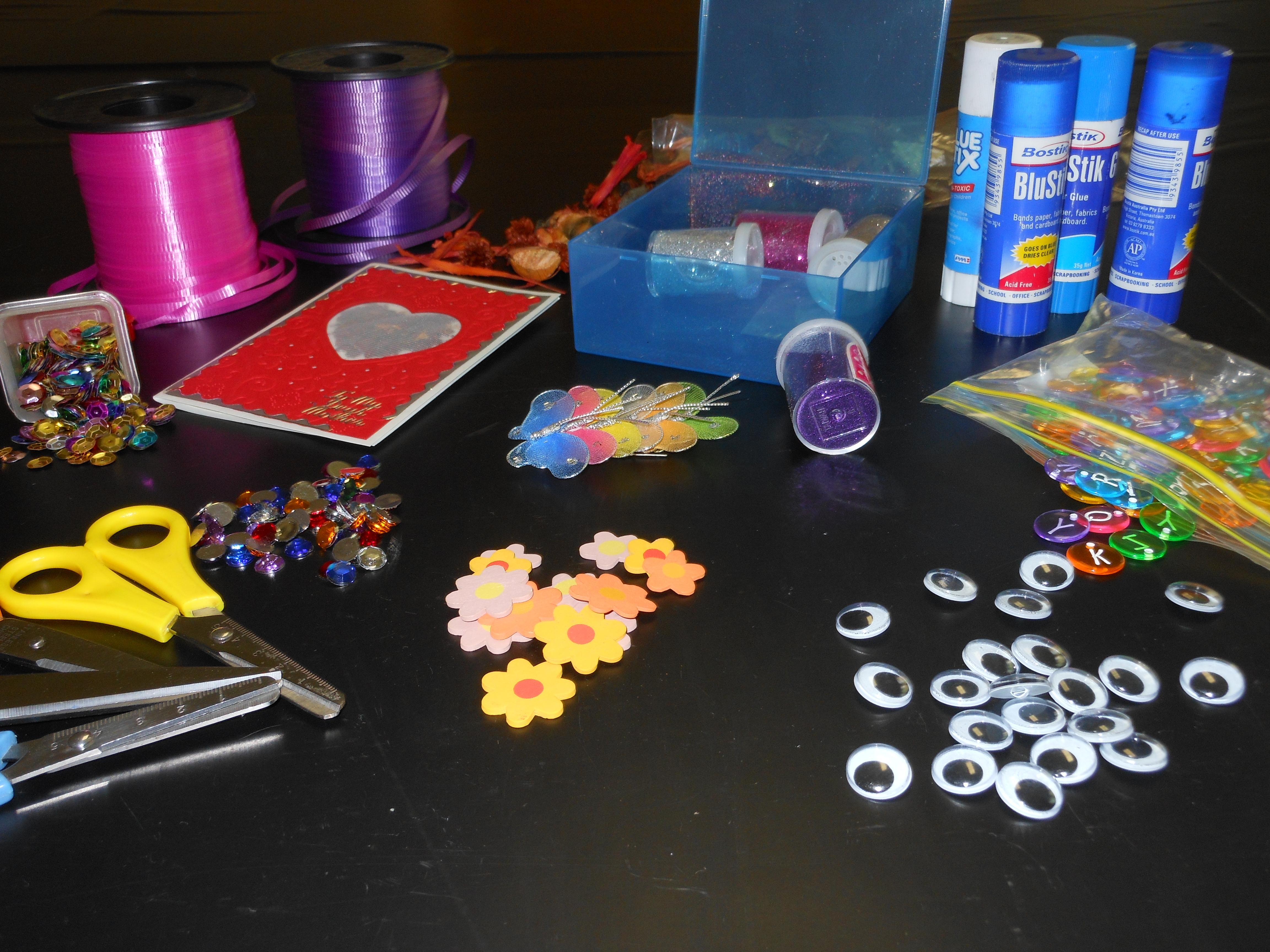 GFS Girls do Craft!